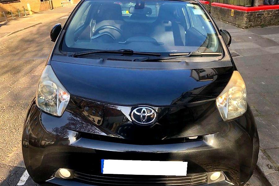 Toyota Iq2